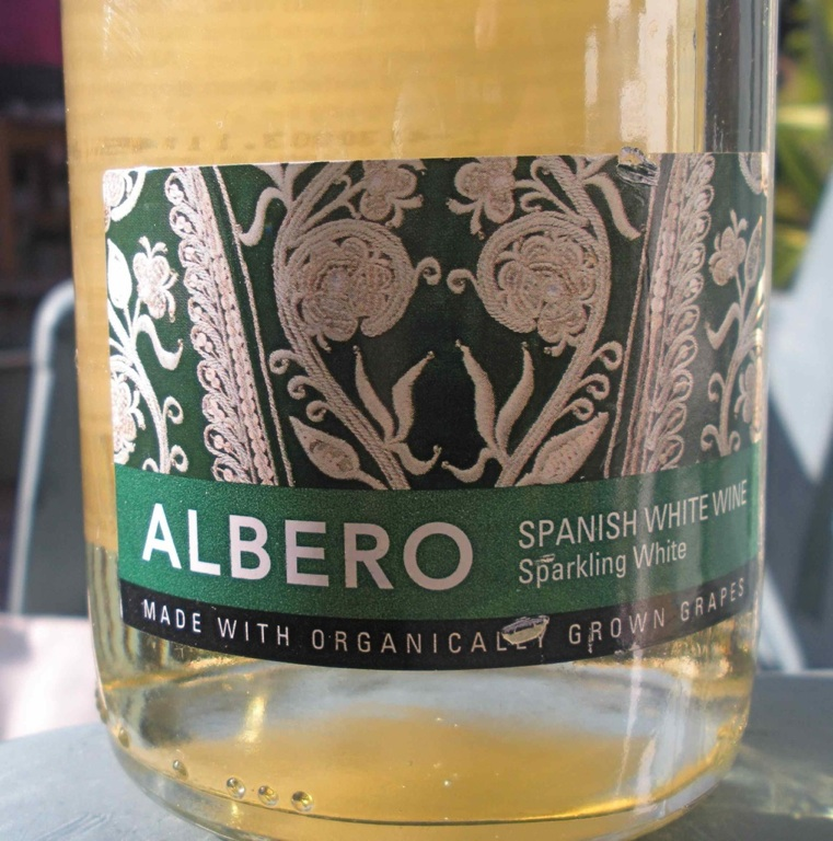 Albero Sparkling Wine from Spain