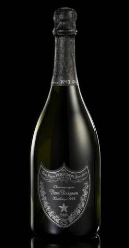 The Dom Perignon Oenotheque 1993 is an extremely rare wine that spent 13 years aging on yeast, which gives it a very rich aroma and bold yet elegant flavors.