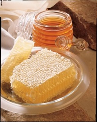 Besides being sticky and sweet, honey is endowed with vitamins and minerals that help humans produce sex hormones. (Courtesy Photo)
