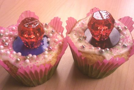 ring_pop_cupcakes