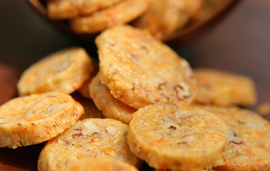 cheddar-cheese-coins-recipe