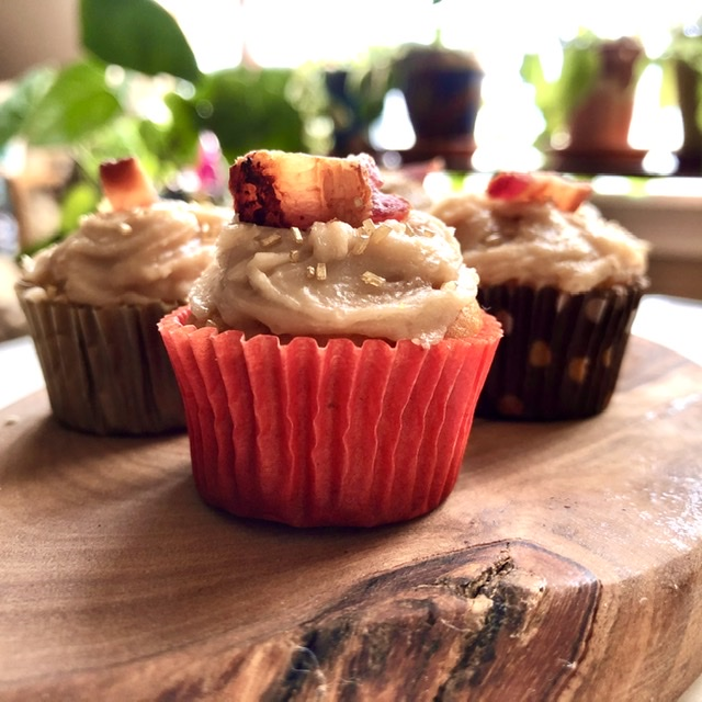Sweet Potato Pie Cupcakes With Maple Bacon Frosting